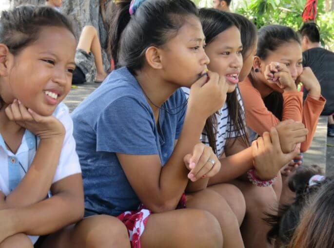 菲律宾孩子