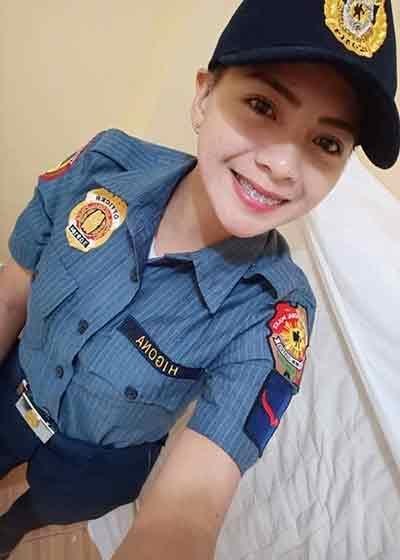 菲律宾女警察