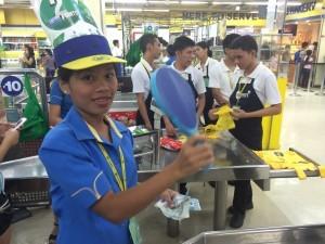 菲律宾超市收银台