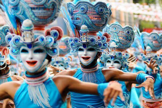 菲律宾旅游看点-微笑节庆典