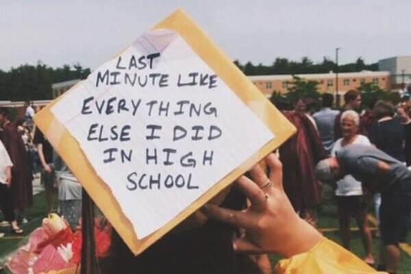 大学毕业学士服照片