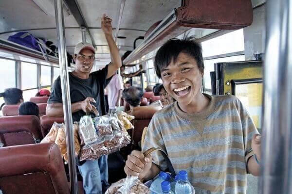 菲律宾全靠小费的工作