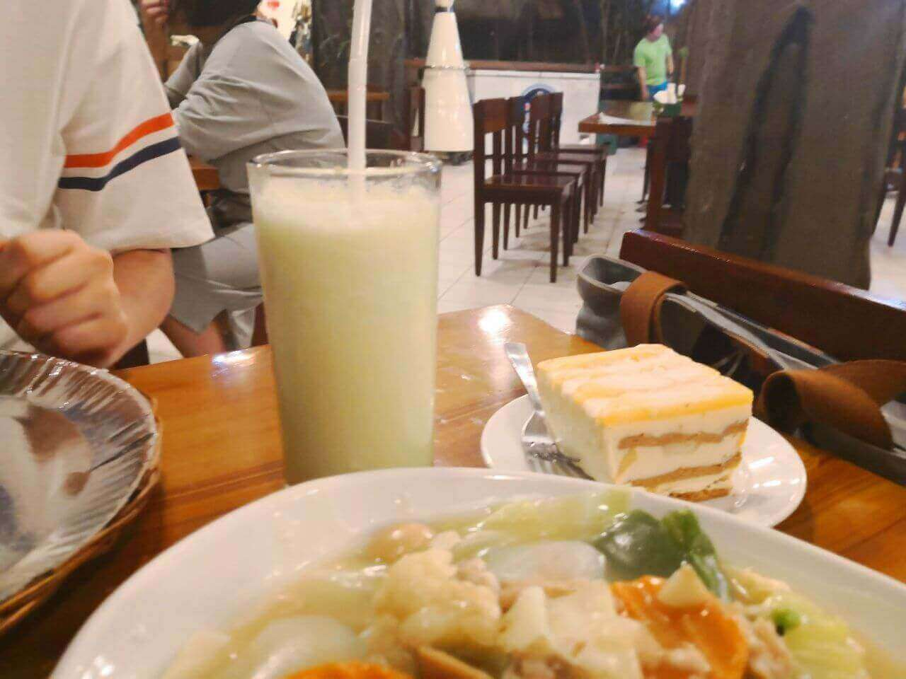 菲律宾当地餐厅Maribago Grill