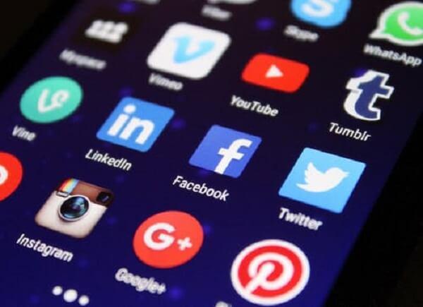 菲律宾人社交媒体时间