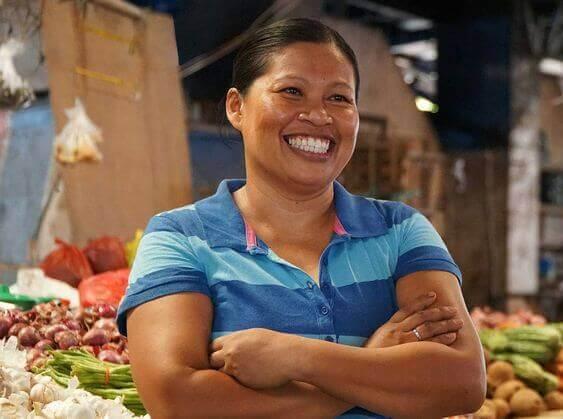 菲律宾人微笑-菜场大妈