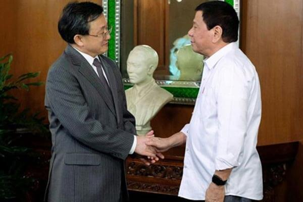 菲律宾总统着装,杜特尔特便装
