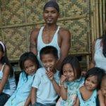 philippines_family_w460