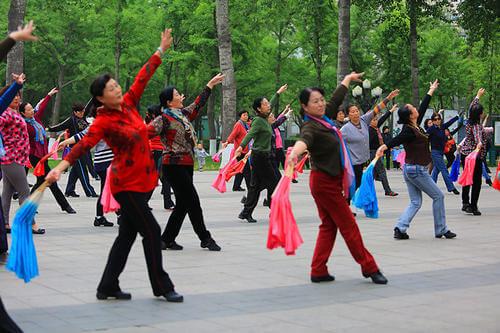 菲律宾囚犯舞 :广场舞