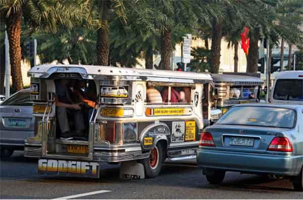菲律宾公交车