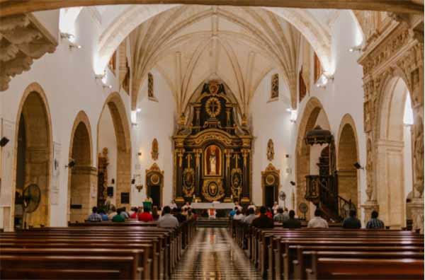 菲律宾信奉天主教