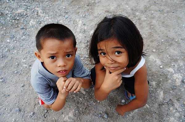 菲律宾惊人习俗